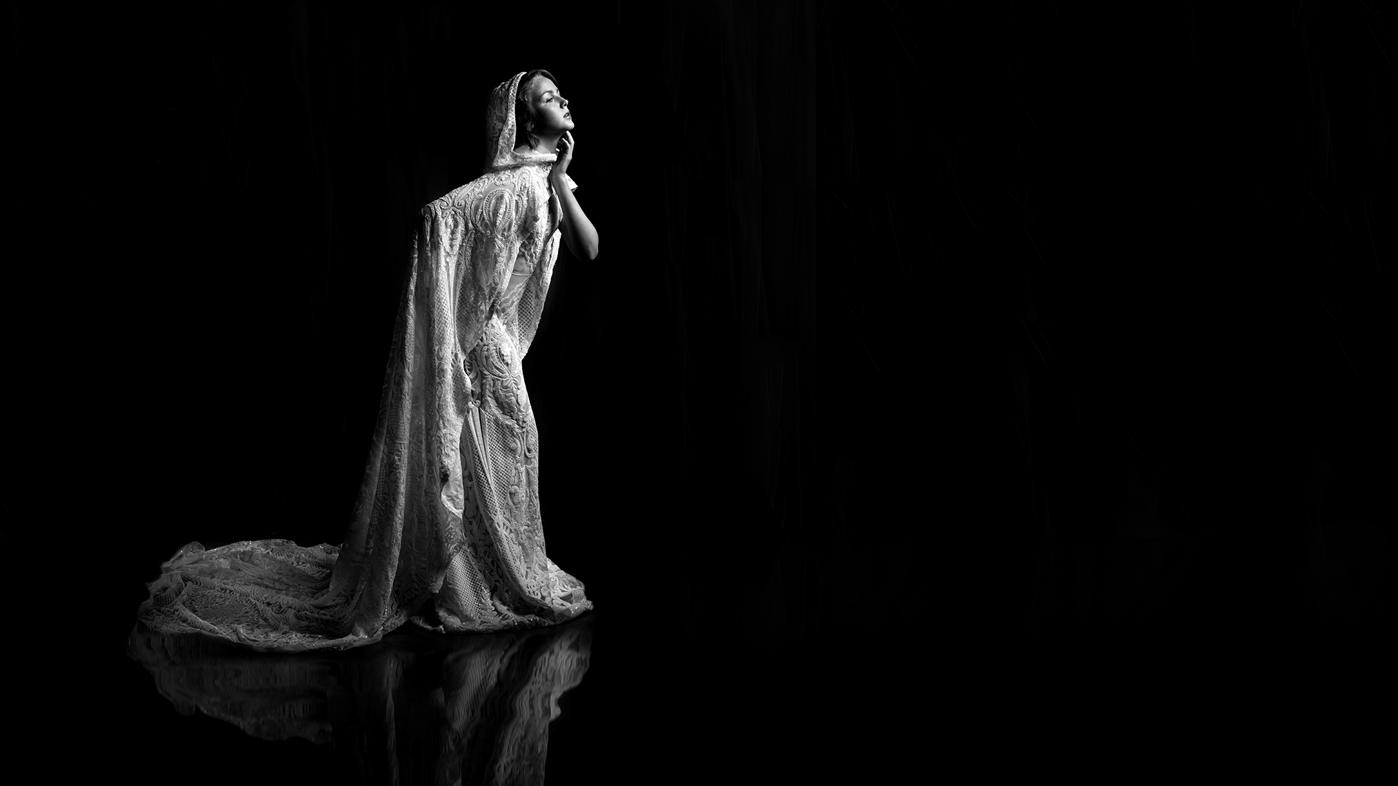 conceptual-photo-model-darkness-gown-gerard-harrison