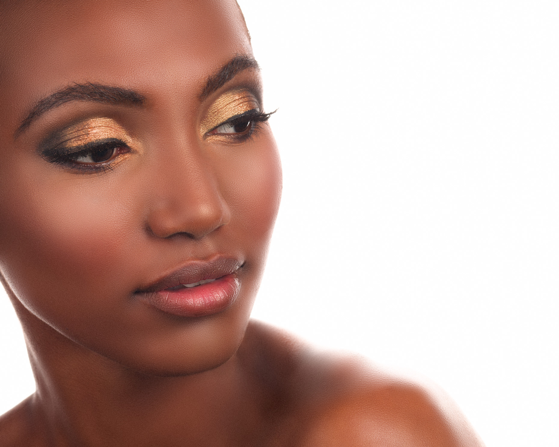 beauty-photo-african-american-elegant-evening-makeup